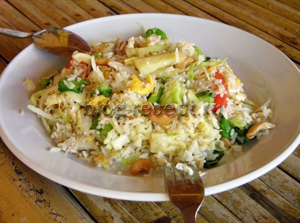 жареный рис по-тайски с овощами