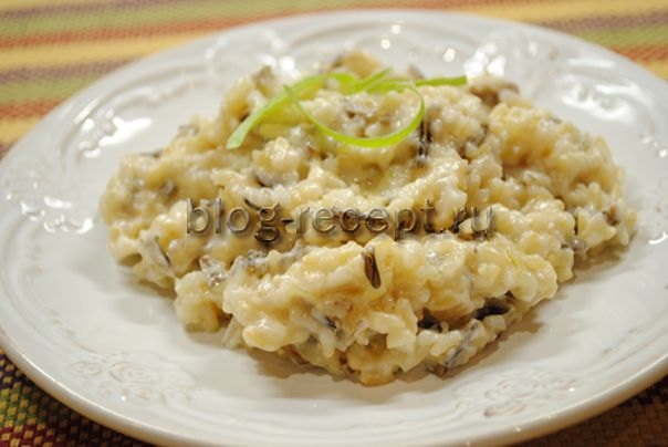 бурый рис с грибами и сыром
