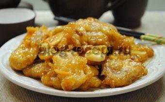 'мясо в кисло сладком соусе по китайски дома с крахмалом