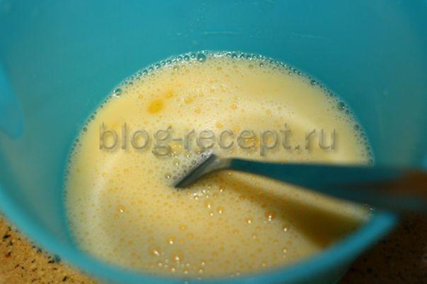 Омлет с манкой и курицей на сковороде - рецепт пошаговый с фото