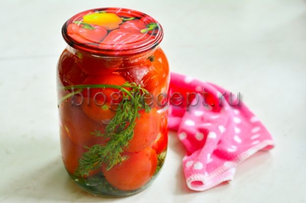 Помидоры с морковной ботвой на зиму