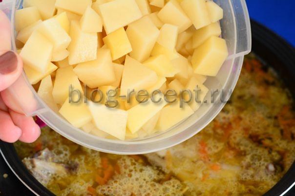 Детский суп на курином бульоне с картофелем, вермишелью и перцем - рецепт пошаговый с фото