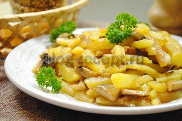 Картошка с грибами жареная на сковороде. 7 рецептов с шампиньонами, вешенками и лесными грибами