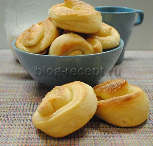 плюшки с сахаром из дрожжевого теста рецепт с фото пошагово в духовке