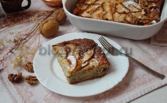 шарлотка с яблоками рецепт с фото пошагово в духовке со сметаной