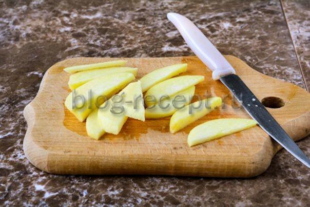 Запеканка из яблок и творога в духовке