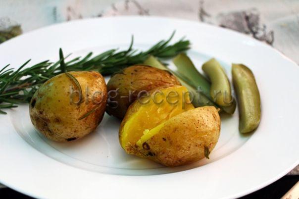 Картошка в мундире, запеченная в духовке – вкусные рецепты