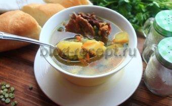 гороховый суп с копчёными ребрышками в мультиварке