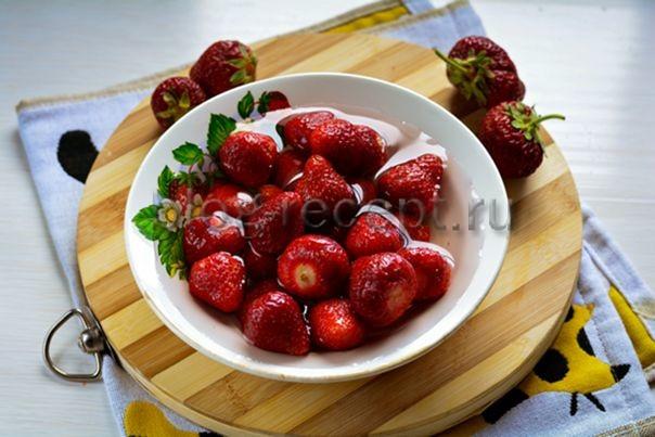Как варить клубничное варенье пятиминутка и как сварить варенье из клубники с целыми ягодами в мультиварке