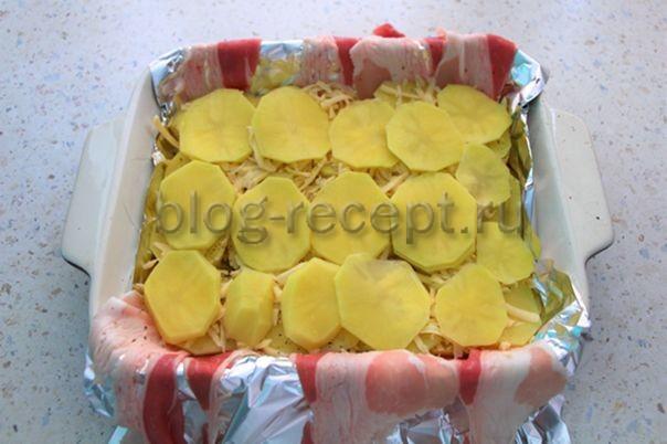 Картофель в беконе, запеченный в духовке: пошаговые рецепты