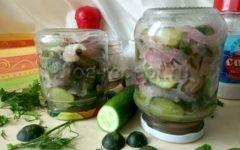 салат из огурцов на зиму нежинский