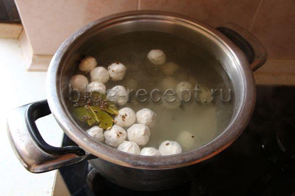 Суп с фрикадельками и злаковыми хлопьями - рецепт пошаговый с фото