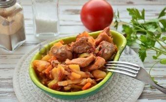 овощное рагу с кабачками и картошкой и мясом