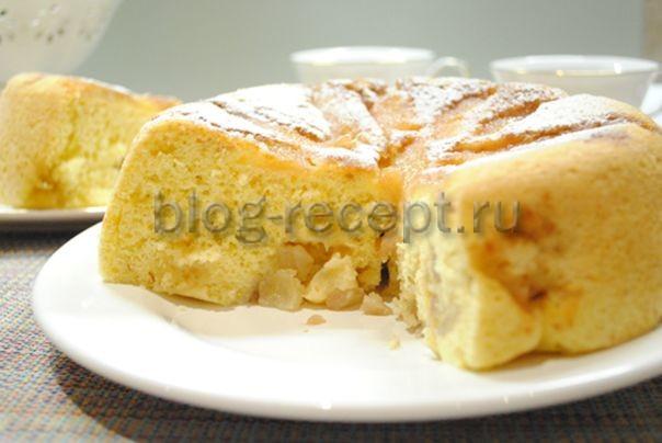 пирог в мультиварке с грушами