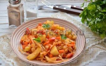 овощное рагу в мультиварке с кабачками и капустой и картошкой