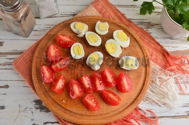 помидоры и яйца