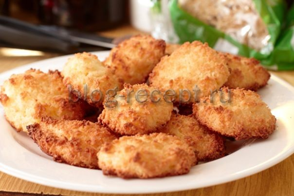 печенье на сметане с кокосовой стружкой