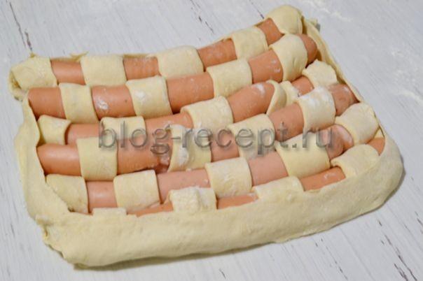 Сосиски в слоеном тесте в духовке - рецепты приготовления, видео