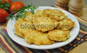 оладьи из кабачков с сыром и чесноком пошаговый рецепт