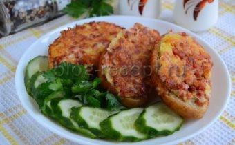бутерброды горячие с колбасой и сыром на сковороде