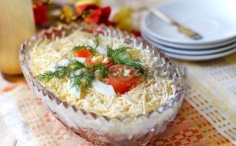 салат с красной фасолью с помидорами