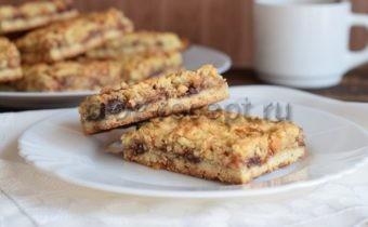 песочное печенье с вареньем с крошкой