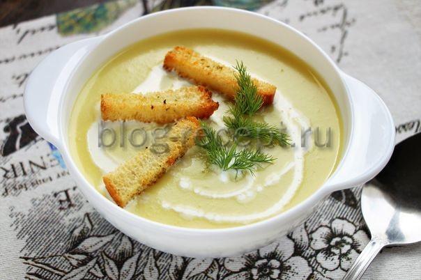 картофельный суп пюре с гренками