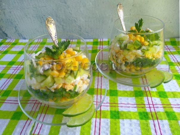 салат из щавеля с яйцом и огурцом