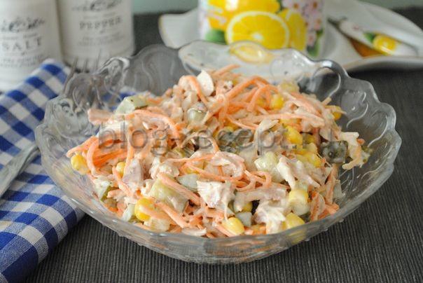салат из курицы с корейской морковкой и кукурузой
