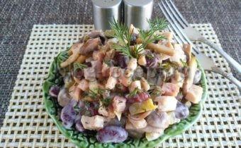 салат с грибами и красной фасолью