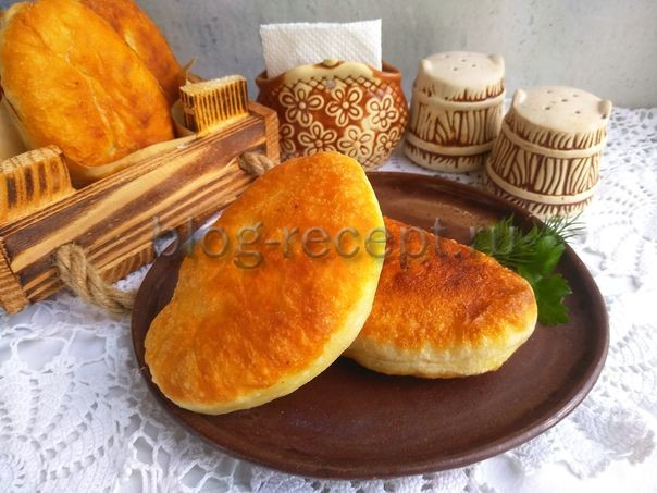 пирожки с мясом жареные на сковороде рецепт с фото