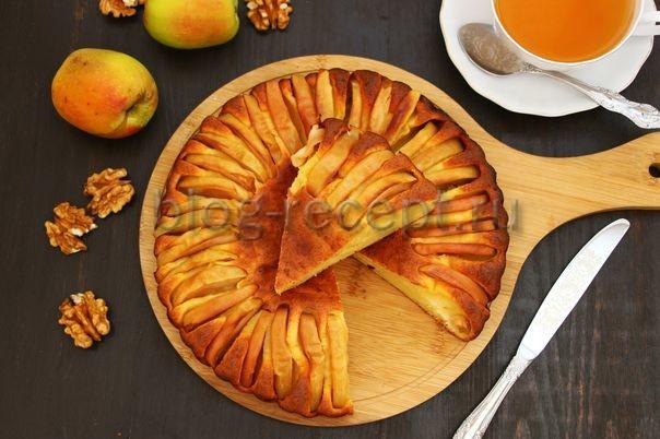 шарлотка с творогом и яблоками в духовке