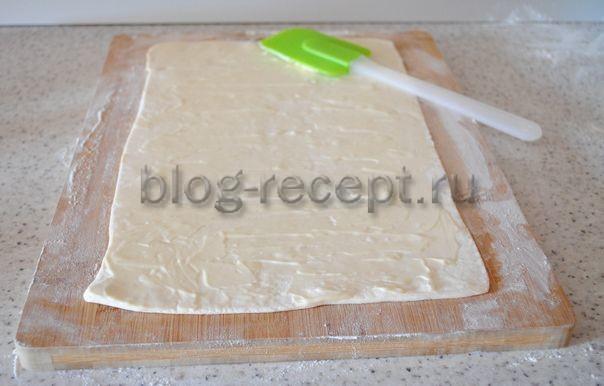 Как приготовить слойки с сыром из готового теста по рецепту с фото